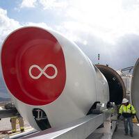 """Hyperloop Virgin realiza con éxito su primer viaje con pasajeros: un importante paso en el desarrollo del """"transporte del futuro"""""""