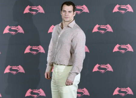 Henry Cavill Superman Batman Red Carpet