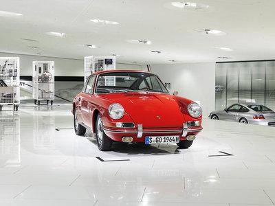 Esta es la historia del Porsche 901, el 911 más antiguo del mundo que vuelve a casa