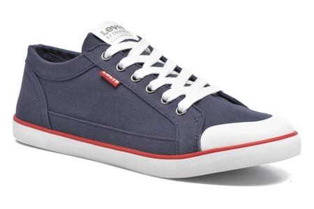 Puedes tener unas zapatillas Levi's Venice desde 35 euros con envío gratis gracias a Amazon