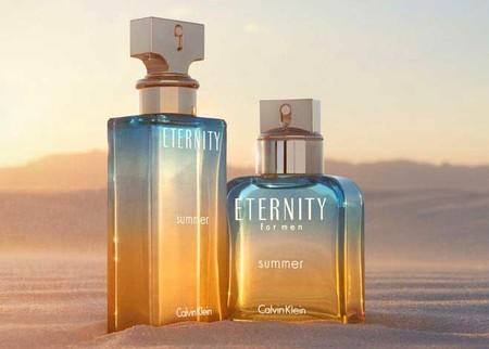 A pesar de que queda mucho para la época de verano, Calvin Klein no duda en presentar su colección Eternity Summer 2017