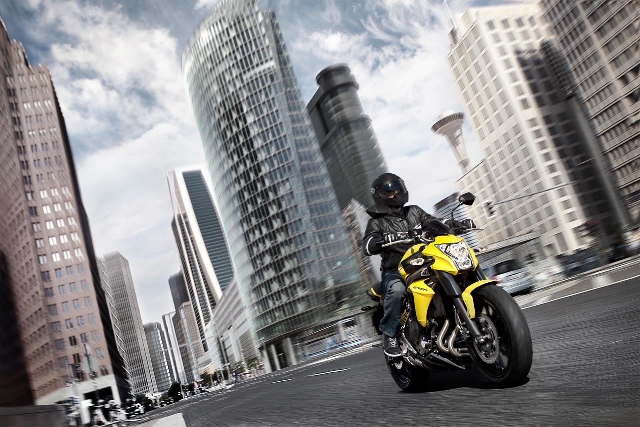 Kawasaki ER-6n 2012, divertida fácil y con estilo