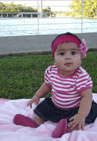 La foto de tu bebé en Abril: Ximena de pic-nic