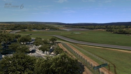 Circuito Ascari : One lap of ascari driving the ascari race resort in the