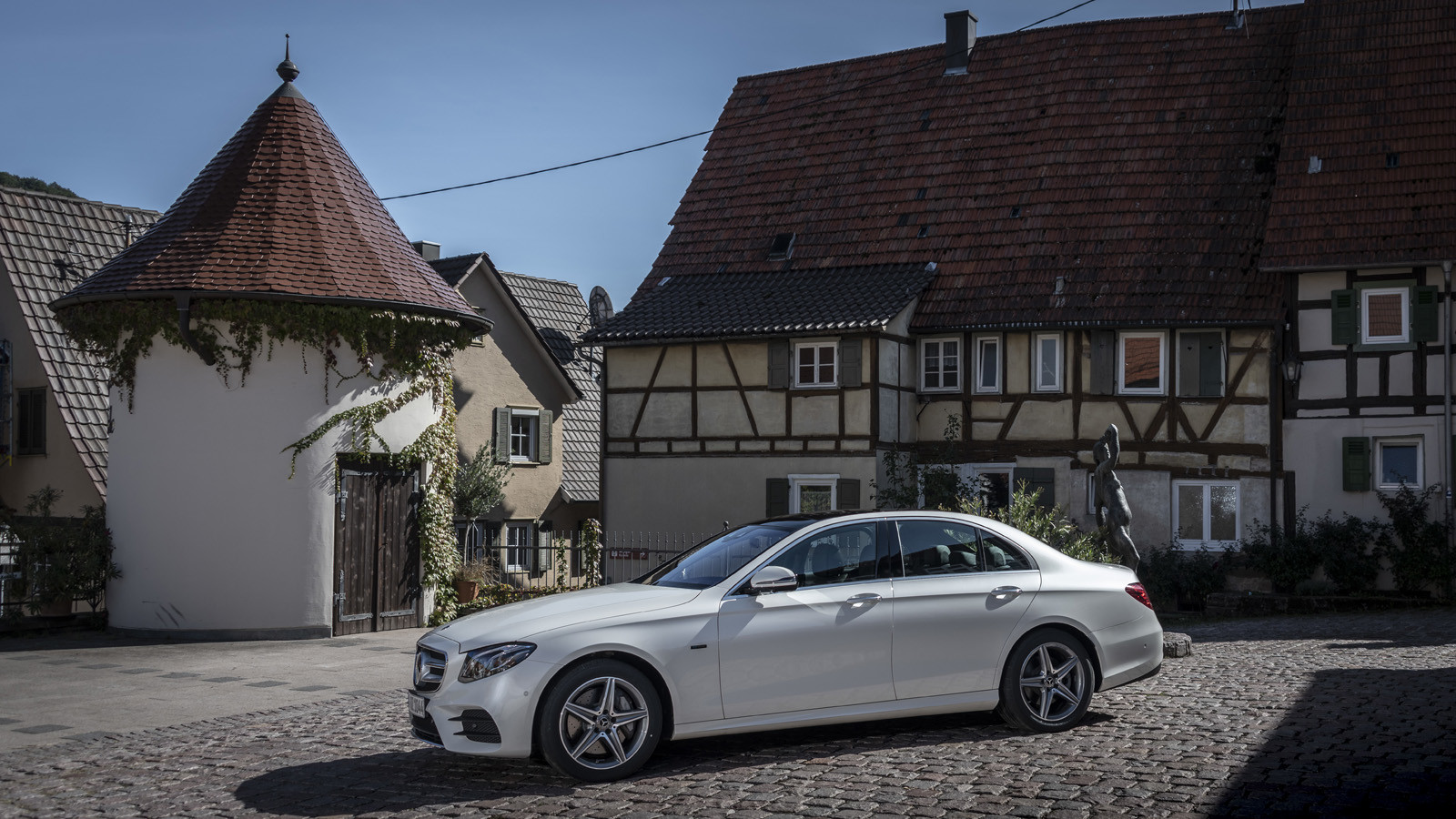 Mercedes-Benz E 300 de (presentación)