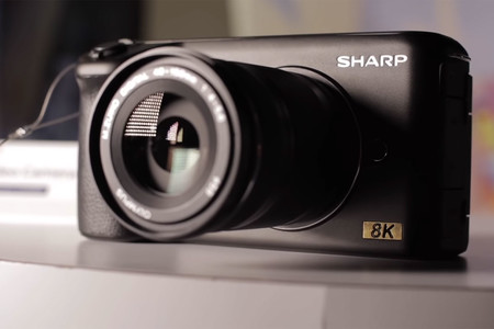 Sharp muestra un nuevo prototipo de cámara 8K durante el CES 2019