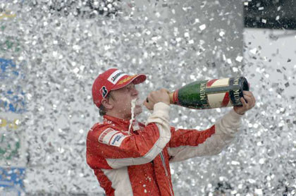 Schumacher en casa, Raikkonen Campeón