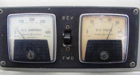 Controles eléctricos del Renault Dauphine