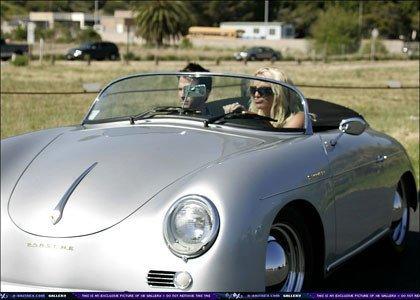 Britney Spears 'estrena' un Porsche 356A Speedster