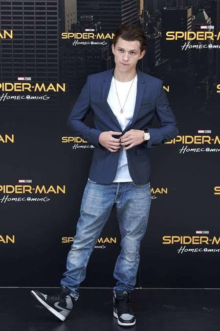 Tom Holland Llego A Espana A Promocionar Spider Man Con Un Look De Lo Mas Hortera 3