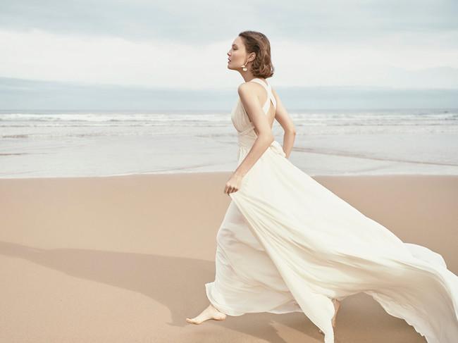 Monica Cordera Bridal Novia 2018 Vestido Blanco Escote Espalda Maxicola