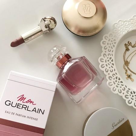 La familia crece y descubrimos Mon Guerlain Intense, la versión más potente del perfume que nos ha conquistado