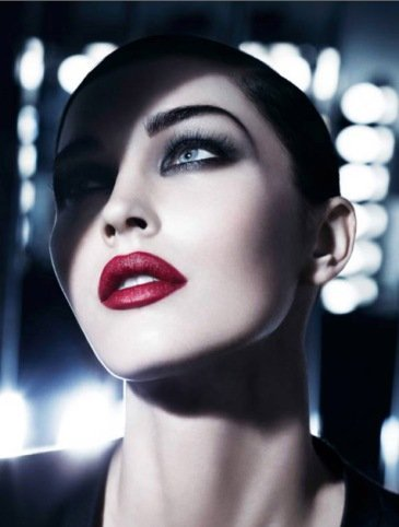 Megan Fox para Giorgio Armanis Fall Make Up Collection ¡impresionante!