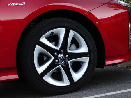 Rueda Prueba Toyota Prius 2016 Detalles Exteriores