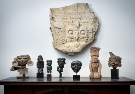 México no logró detener una subasta en París con 95 piezas consideradas como parte del patrimonio cultural