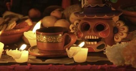 Altar de muertos. ¿Comida, bebida y qué más?
