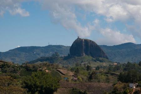 Colombia: La Piedra del Peñol y el embalse de Guatapé