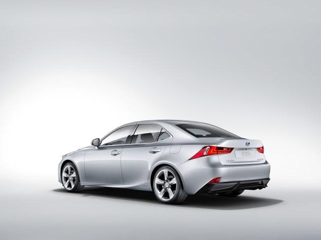 Lexus IS 300h trasera