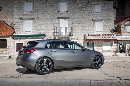 Mercedes Benz A 180 D 2021