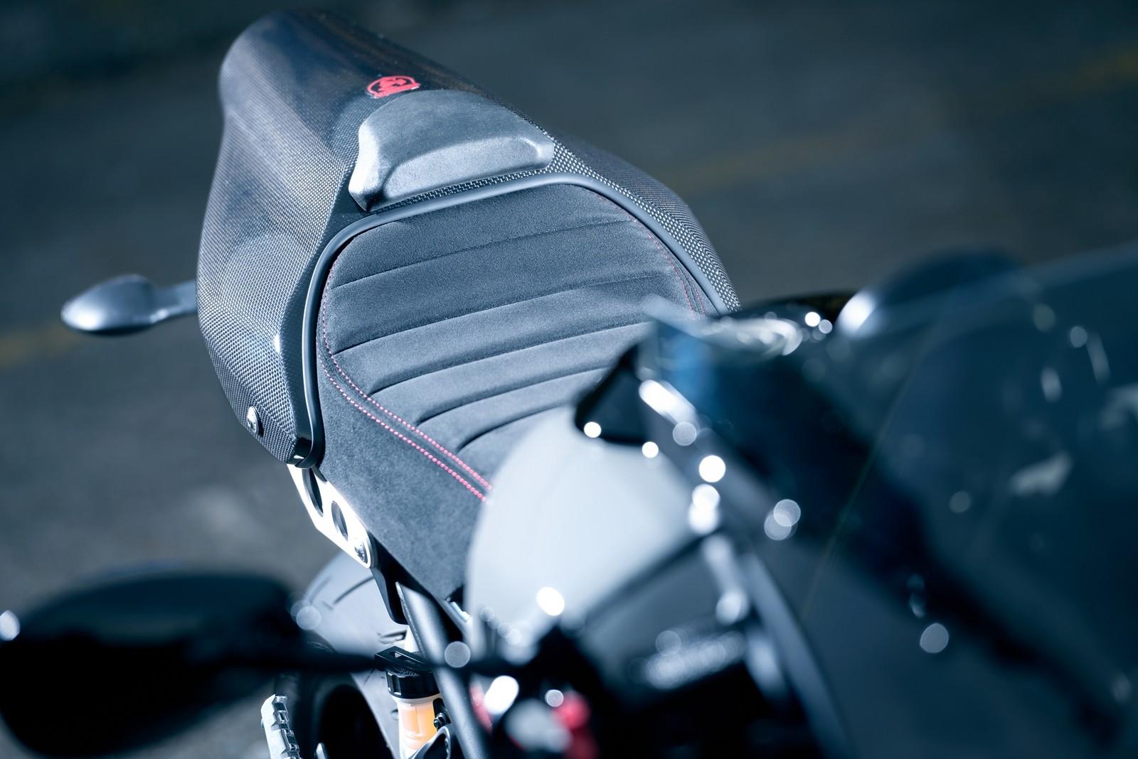 Foto de Yamaha XSR900 Abarth (22/49)