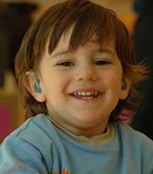 Los niños sordos sufrían antaño el peso de la comunidad oyente y no podían desarrollarse intelectualmente