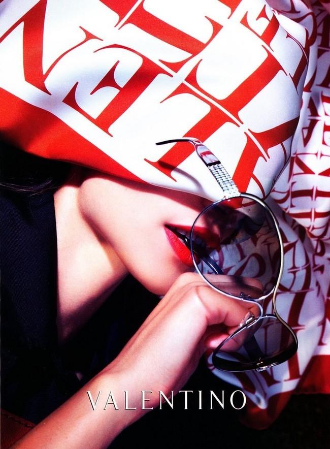 Foto de Campaña Valentino Primavera/Verano 2008 (2/4)