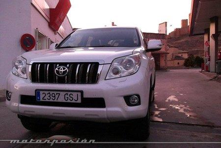 Toyota Land Cruiser 3.0 D-4D, miniprueba en carretera
