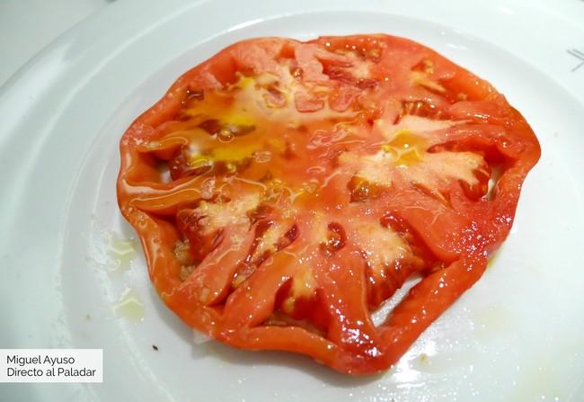Los mejores tomates de España, grandes guisos y un sorprendente arroz en el Qüenco de Pepa