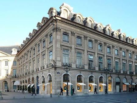 Louis Vuitton inaugura su primera tienda de relojería y alta joyería