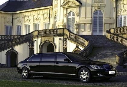 Mercedes Guard Pullman, la limusina basada en el Clase S