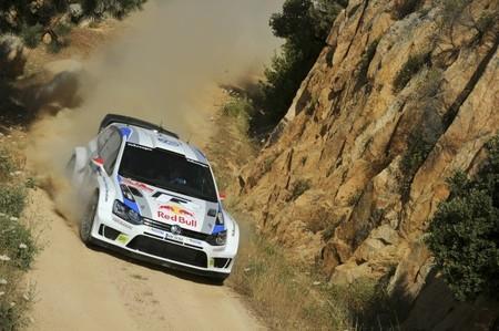Rally de Cerdeña 2013: Jari-Matti Latvala demuestra que Volkswagen está a otro nivel