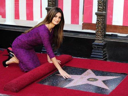 La melena de Penélope Cruz en el Paseo de la Fama de Hollywood: descubre su estrella