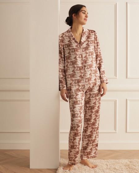 https://www.trendencias.com/propuestas-y-consejos/11-looks-leggings-faciles-recrear-que-mar-elegantes