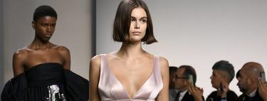 La colección Primavera-Verano 2020 de Givenchy no tiene punto medio: de los vaqueros al exceso floral más exagerado