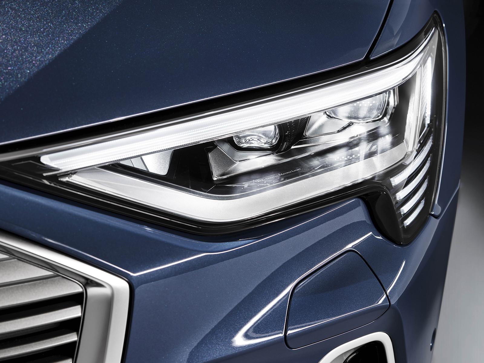 Foto de Audi e-tron Sportback (41/57)