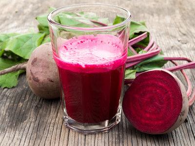 Aumenta tu resistencia con el zumo de remolacha: esto es lo que dice la ciencia a su favor