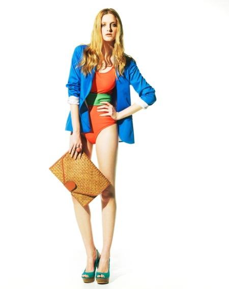 Bershka, lookbook de abril Primavera 2011: ¡más color en las tiendas!
