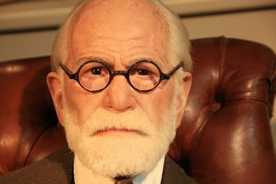 Las motivaciones del consumidor según las teorías de Freud
