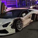 Video: La peor pesadilla de todo taxista, chocar contra un Lamborghini, sucedió en México