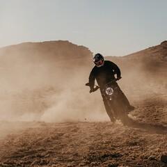 Foto 14 de 20 de la galería ducati-scrambler-desert-sled-fasthouse-2021 en Motorpasion Moto