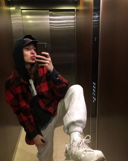 Los Mejores Looks De La Semana No Se Ven En Las Calles Sino En Las Selfies Tomadas En El Elevador 06