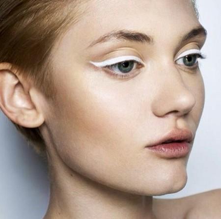 Eyeliner Blanco 1
