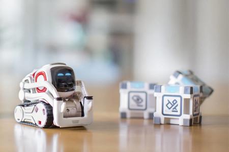 Este diminuto y enternecedor robot es lo más cercano a un Wall-E en la vida real