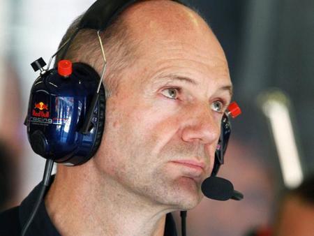 Adrian Newey critica las matrices de opinión entre la Moto GP y la Fórmula 1