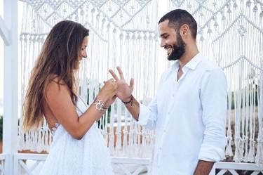 Malena Costa se da el 'sí, quiero' por sorpresa y nos muestra las imágenes más románticas