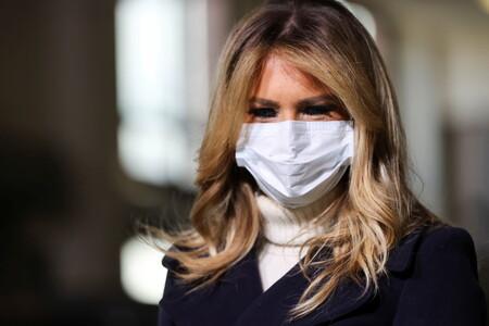 Melania Trump apura sus últimas semanas como primera dama luciendo un estupendo look invernal