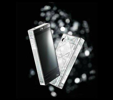 Dior Phone Réverie: móvil táctil con diamantes, oro blanco y nácar