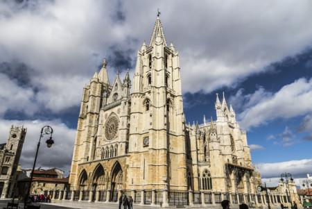 Resultado de imagen de la catedral de leon