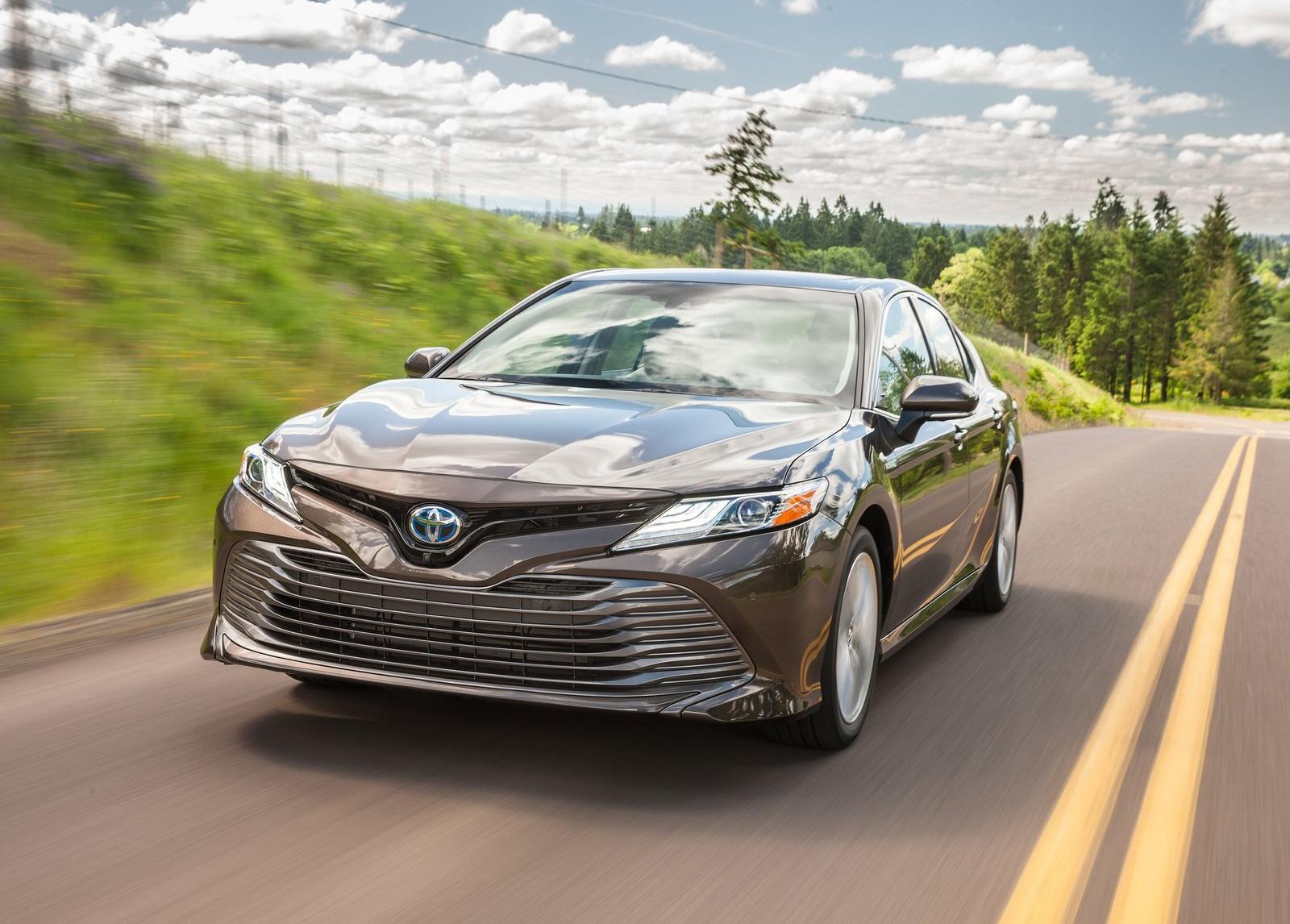 Foto de Toyota Camry Hybrid (4/12)