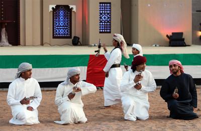 Bailes tradicionales en Heritage Village in Dubai